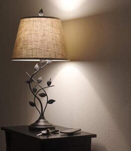 Kira Home brand traditional table lamp for living rooms