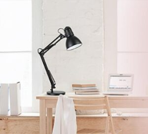 robust architect drawing desk lamp