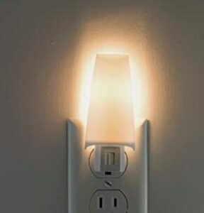 cheap wall mount plug in led night light for 4 year old children
