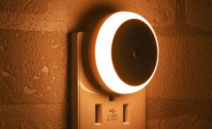 best dusk to dawn night light reviews